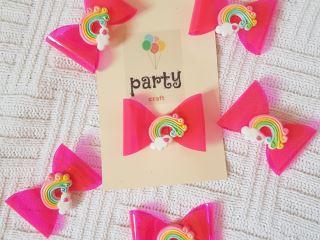 pink rainbow clip
