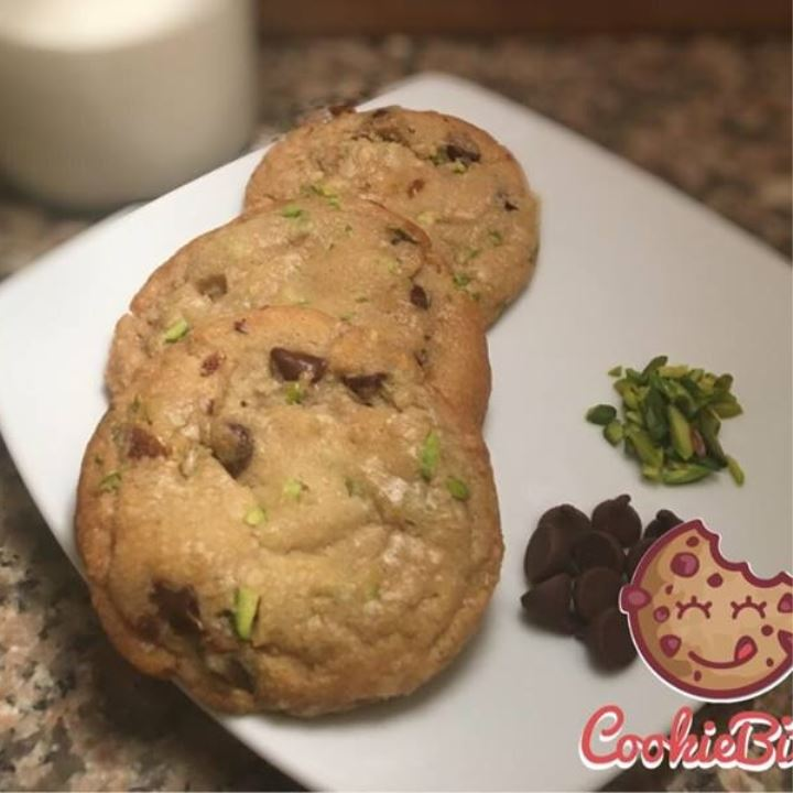 Date Pistachio Chocolate chip cookies