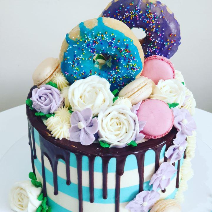 blue stripes cake